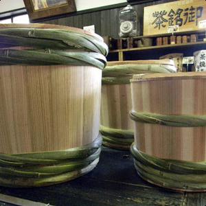 杉樽を使った本格的な仕込みも可能!
