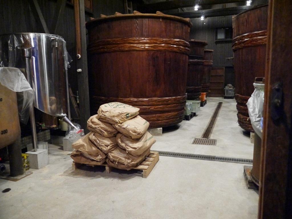 【セール品】天然醸造本格二年熟成味噌(20kg)