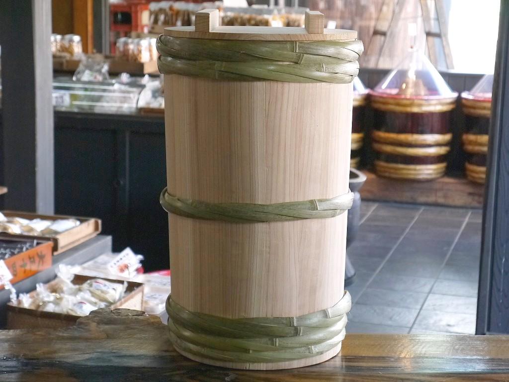 昭和本樽 昔の味噌杉桶 No.30