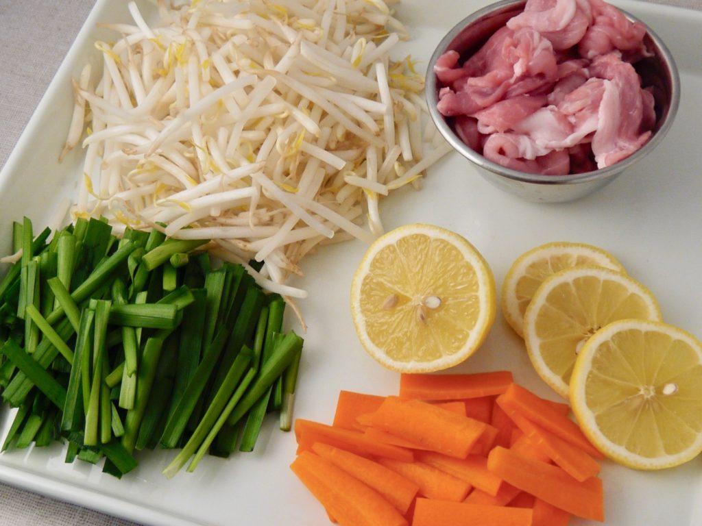 塩麹にんにくのレモンチャプチェ